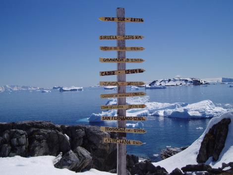 Los Secretos de la Antártida